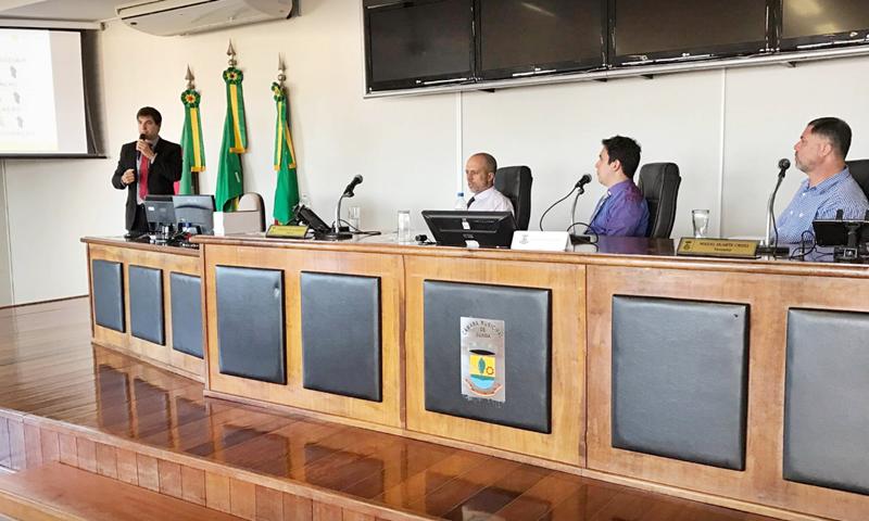 Apresentação do Observatório Social ao legislativo municipal de Guaíba.